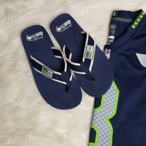 Seattle Seahawks Slip on Flip Flops Navy & White L
